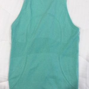 Tops - Lululemon swiftly tech high neck racer back top
